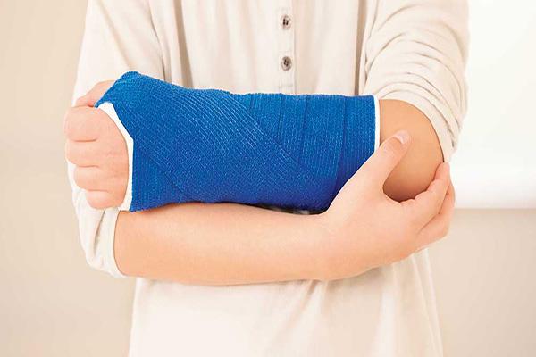بیمه حوادث انفرادی چیست و غرامتهای آن شامل چه مواردی میشود؟